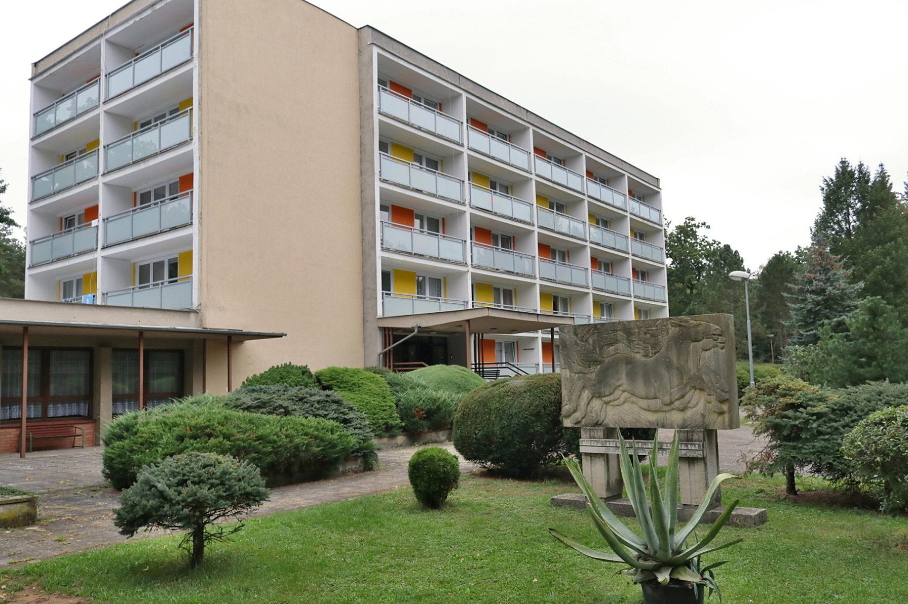 Domov mládeže v Kladrubech nad Labem čeká kompletní rekonstrukce